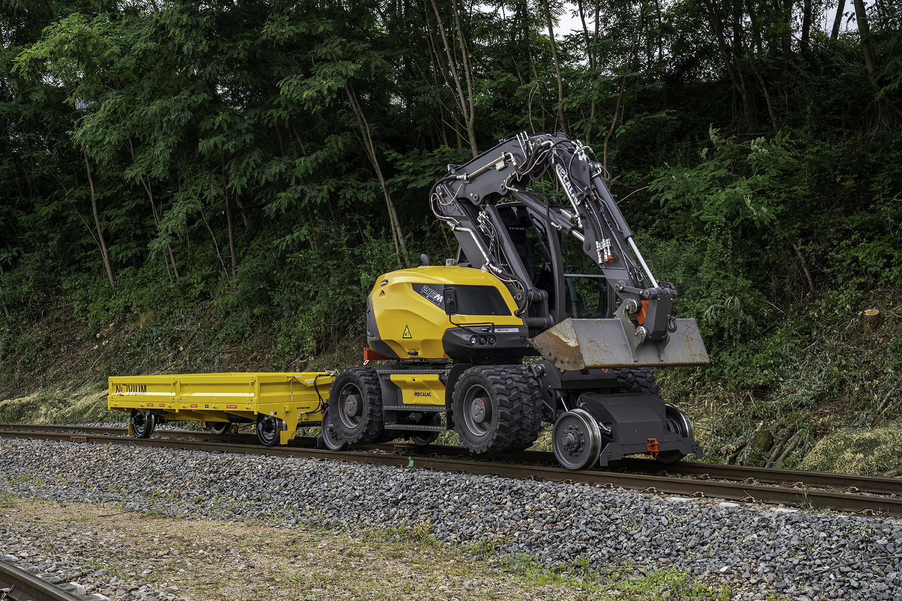 Mecalac launches 216MRail, its new rail-road excavator